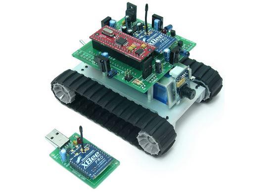 sistema embarcado simples, controlando um pequeno robô-automóvel