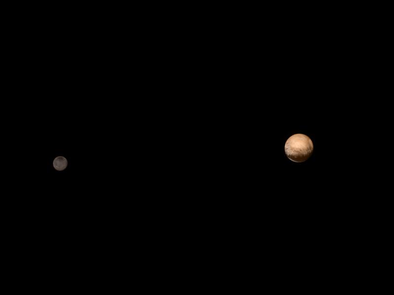 Plutão e Caronte, foto tirada pela New Horizons