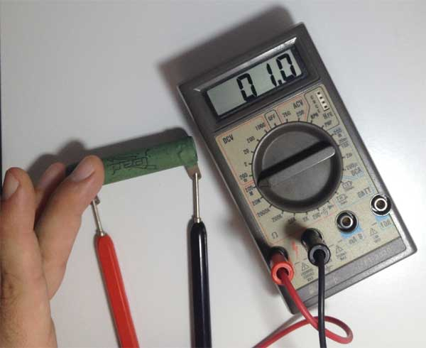 Medindo Resistência com o Multímetro: Posição 200 M