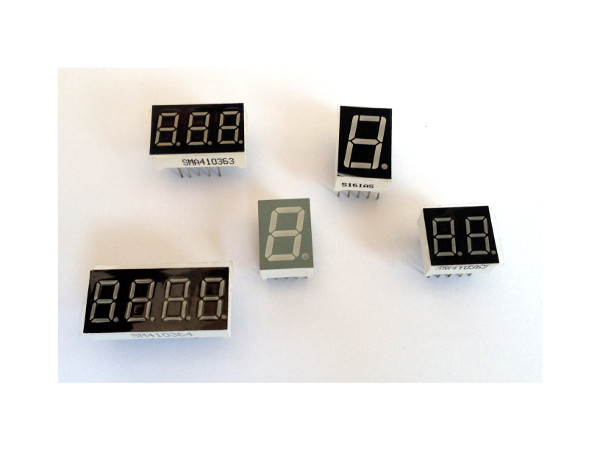 Mostradores de sete segmentos de LED