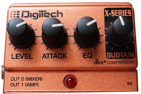 Potenciômetros em um pedal de efeitos para guitarra
