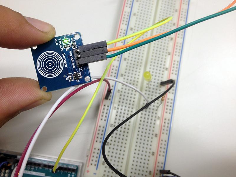 Sensor de Toque Capacitivo TTP223B apagado
